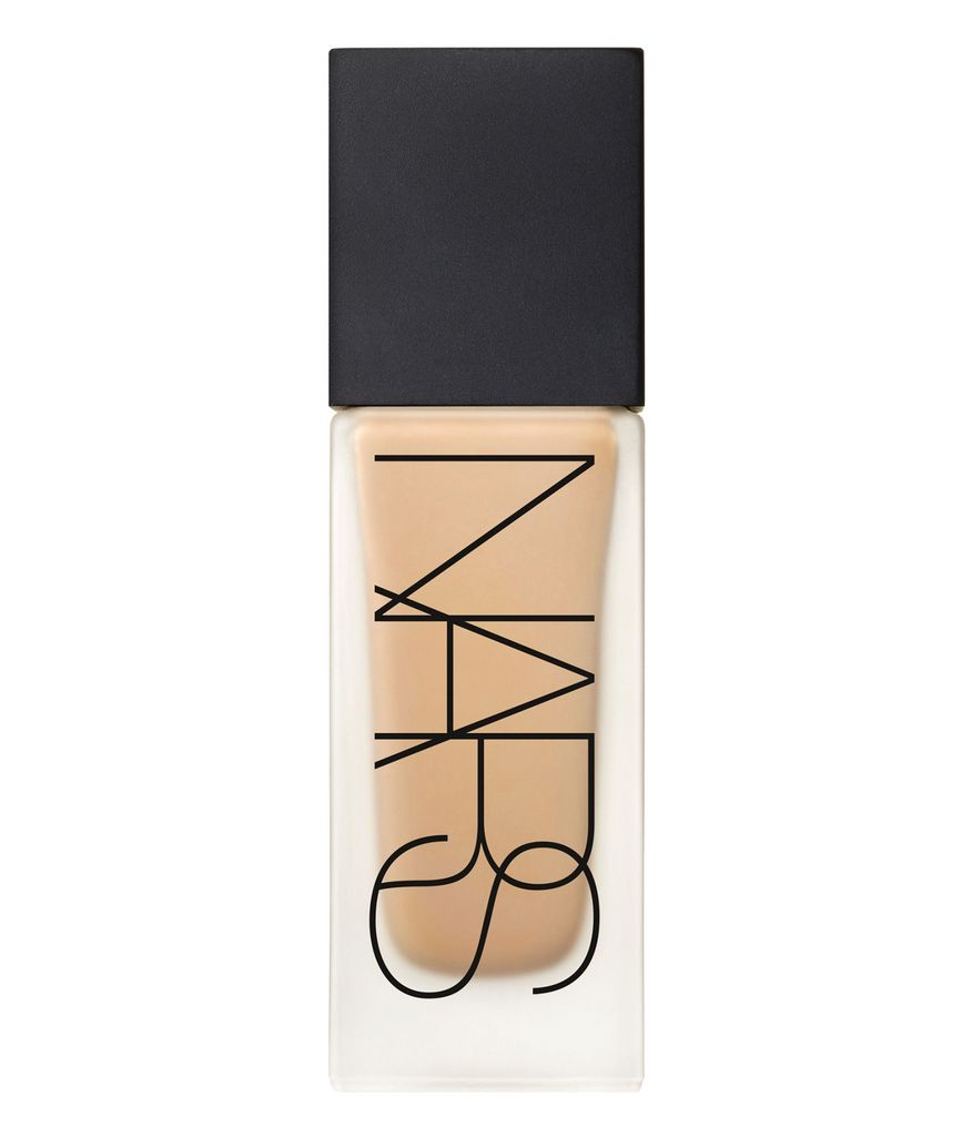 NARS-All-Day-Luminous-Weightless-Foundation