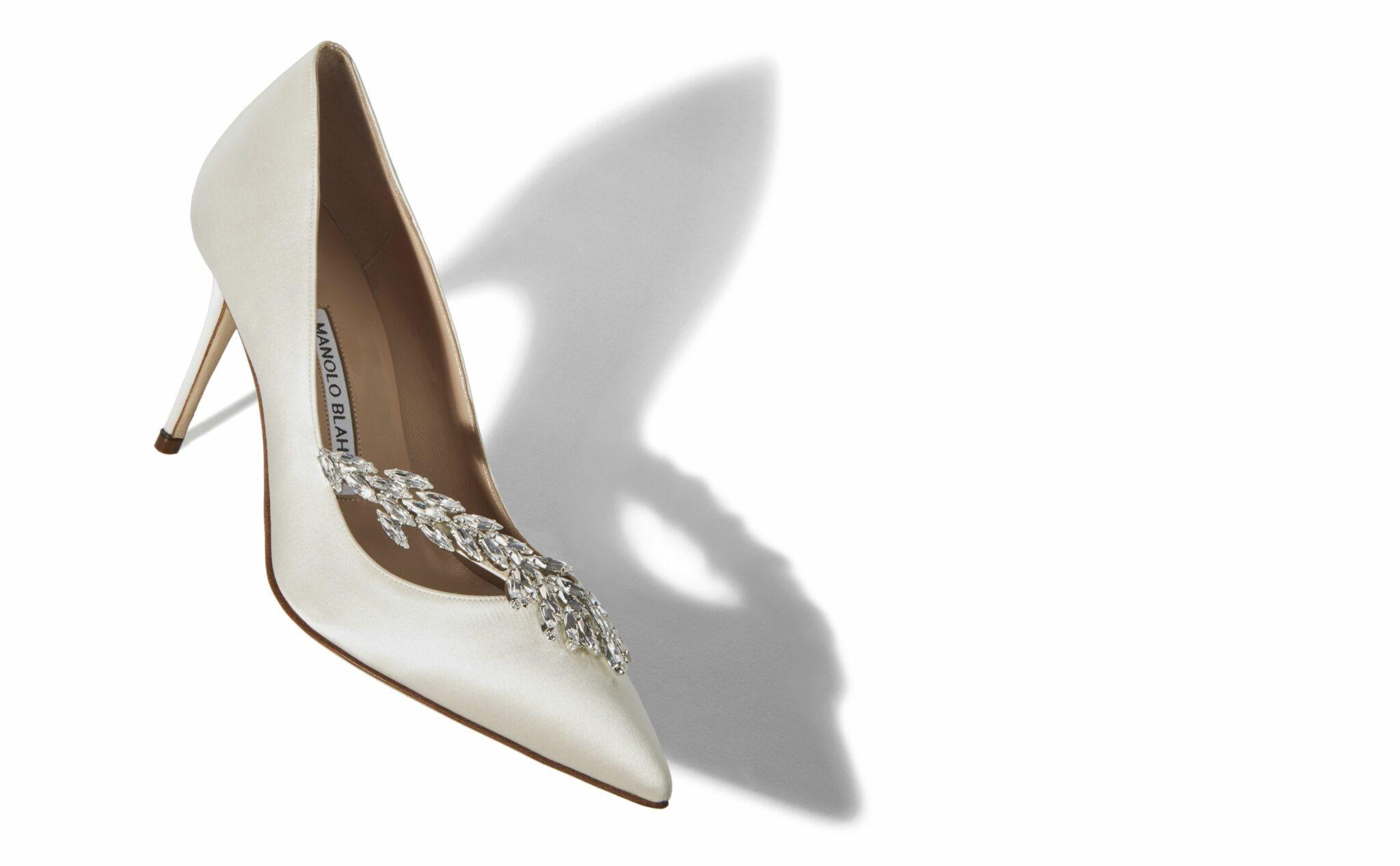 Sepatu-Wanita-Manolo-Blahnik