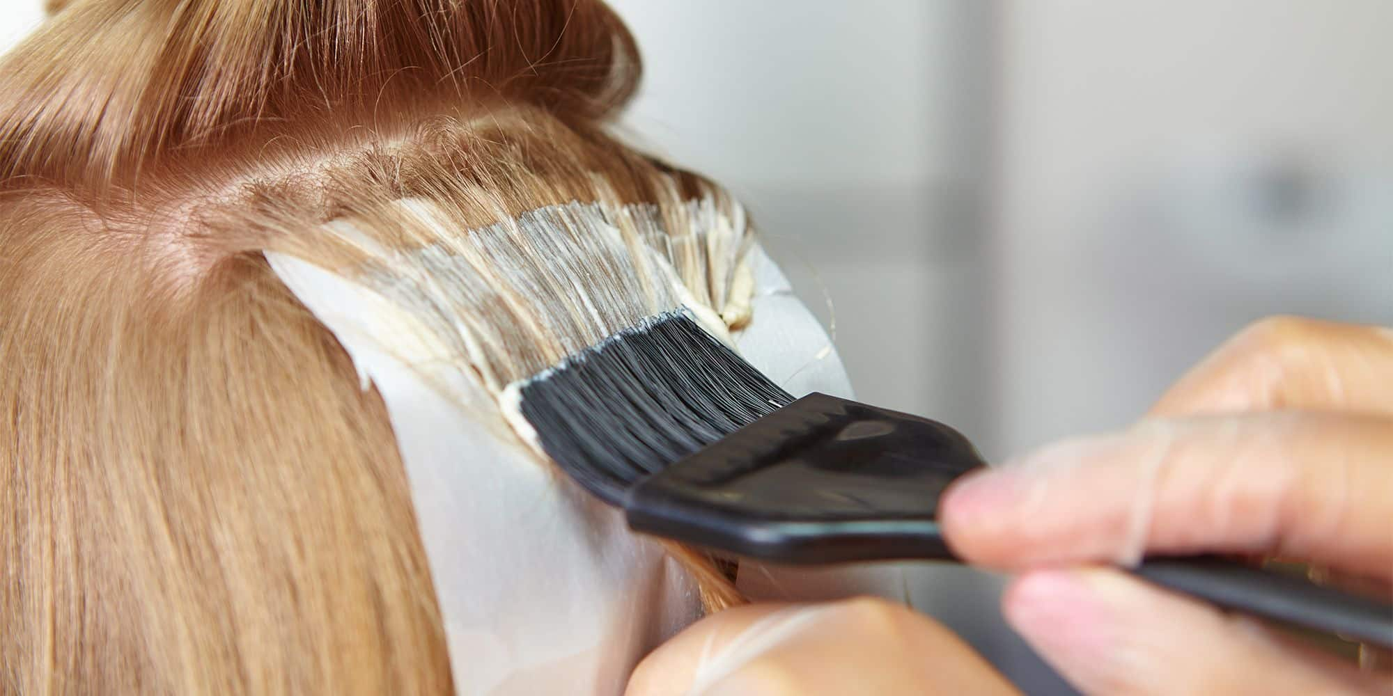Berikan-Perawatan-Pasca-Mewarnai-Rambut