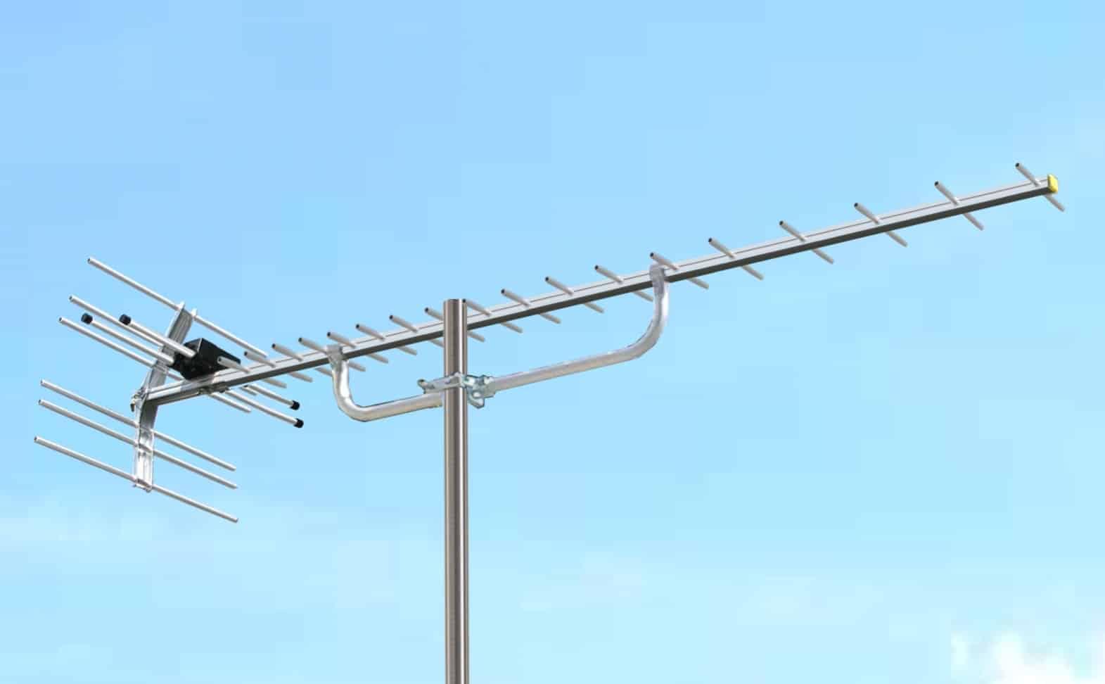 Deretan-Pada-Antena-TV