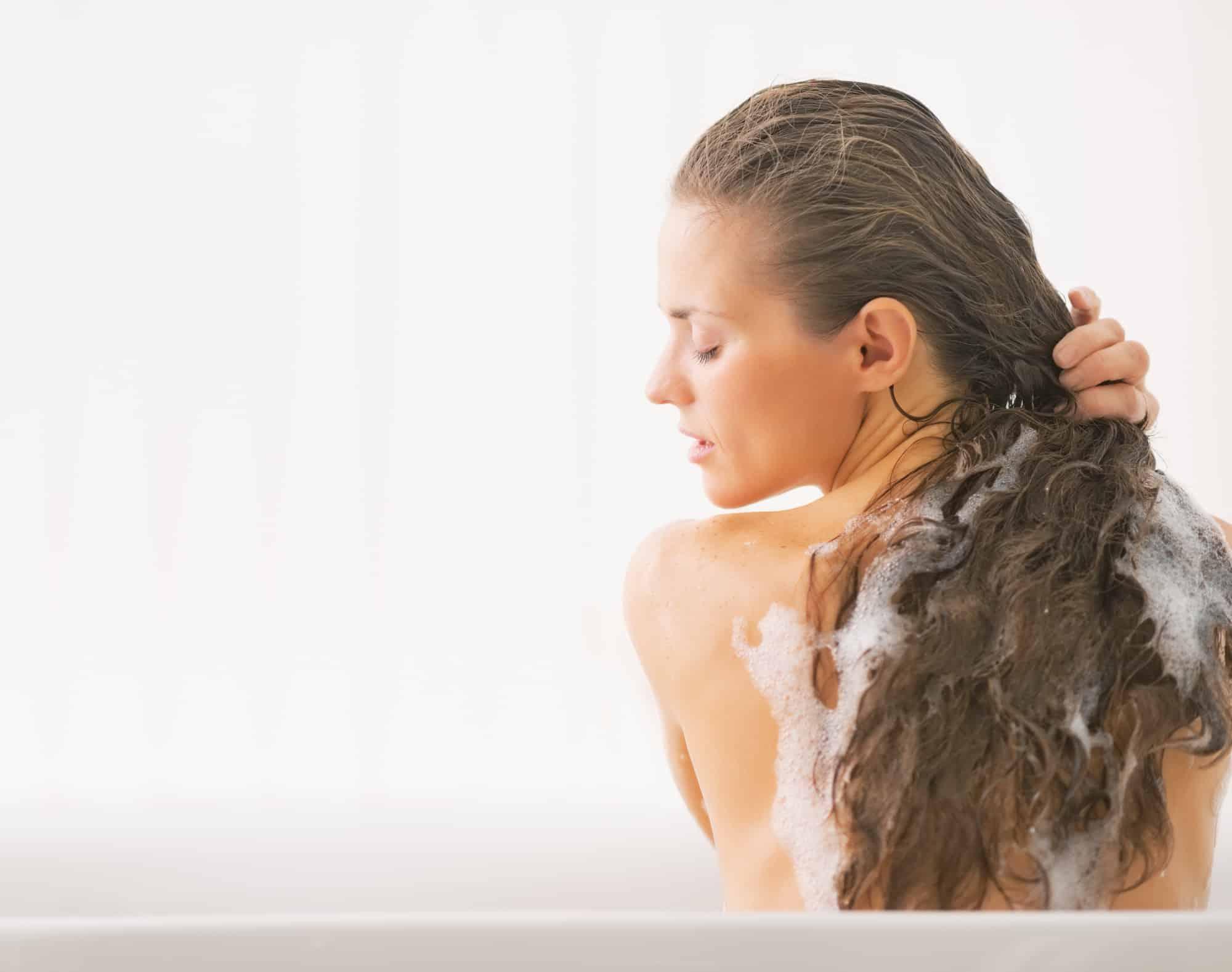Gunakan-shampoo-dan-conditioner-setelah-menggunakan-hair-mask