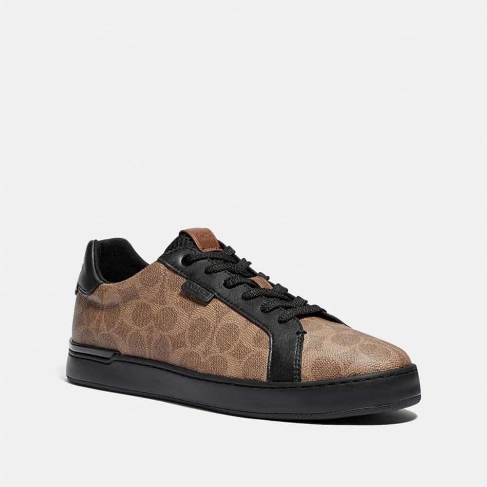 Pilihlah-model-sepatu-kulit-dengan-sedikit-hak