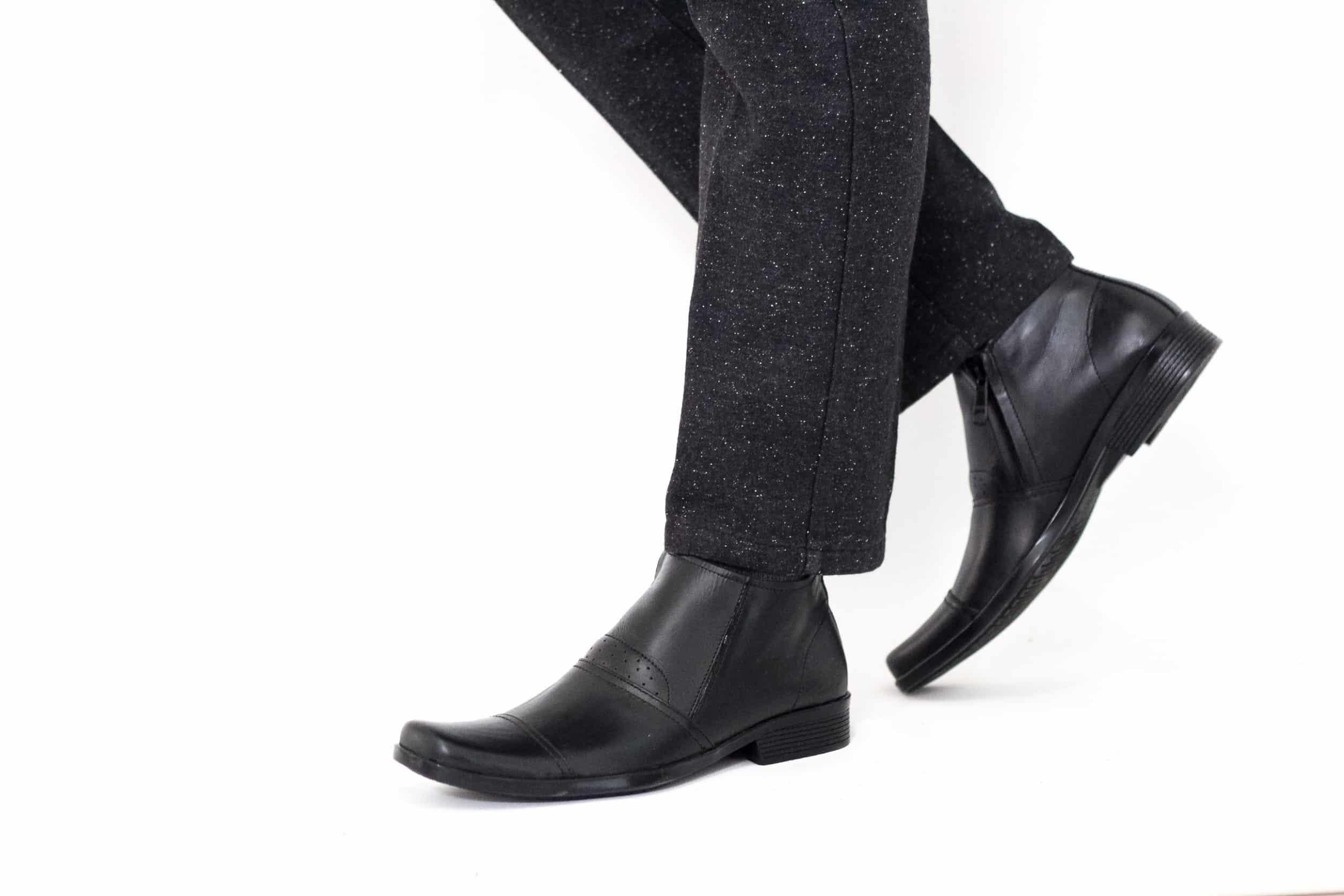 Sepatu-Fantofel-Cevany-Boots-Shoes
