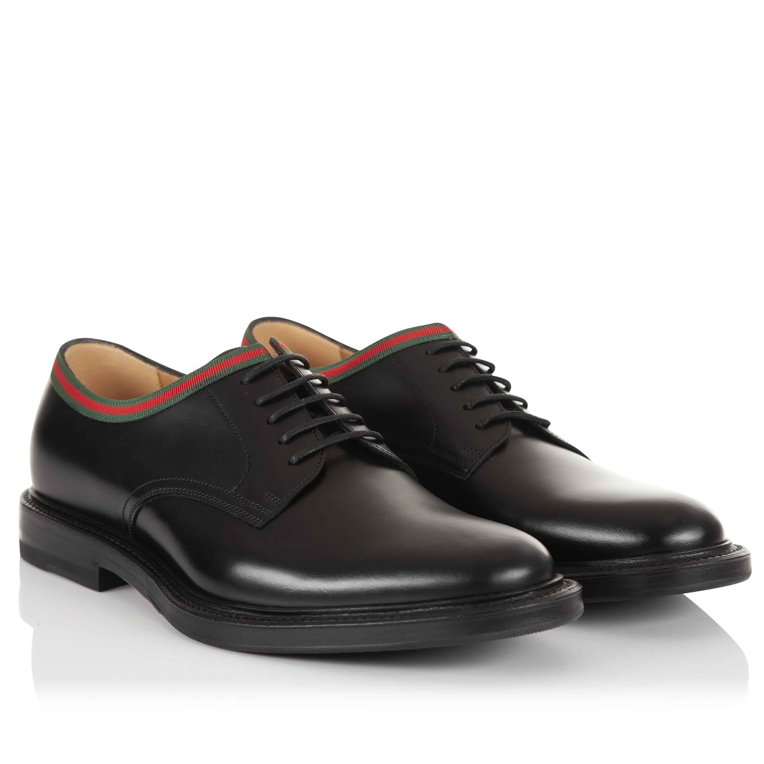 Sesuaikan-tema-acara-dengan-model-sepatu
