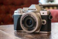 merk-kamera-mirrorless