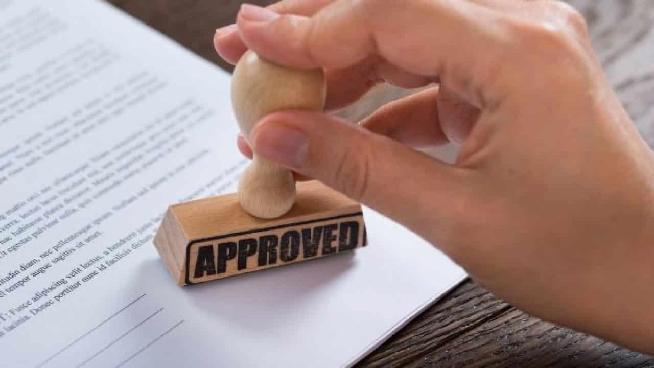 Status-izin-dagang-untuk-mencegah-pemakaian-produk-palsu-atau-ilegal