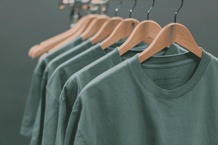 Siapa Brand 11 Rekomendasi Kaos Distro Terbarul Dari Bandung Terbaik