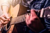 10-Daftar-Merk-Gitar-Paling-Bagus