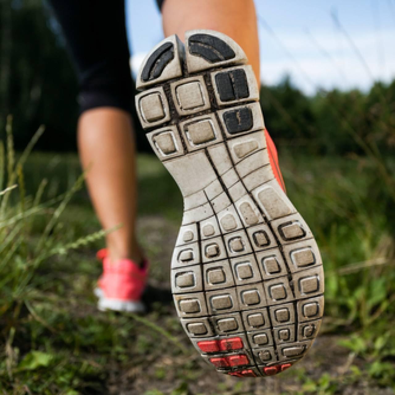 Pilih-Jenis-Sol-Sesuai-dengan-Kemampuan-Lari